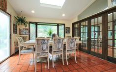 Dining Room, Bright, Spacious, Open, Table, Chairs, Family, Meal, Food, Dinner