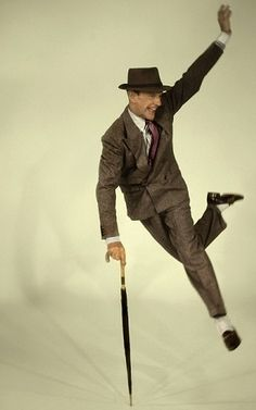 Fred Astaire Fred Astaire, Golden Age Of Hollywood, Classic Hollywood, Old Hollywood, Gene Kelly, Shall We Dance, Lets Dance, Tap Dance, Dance Art