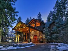 South Lake Tahoe Ski House - Relaxed and refined retreat in a comfortable mountain setting. http://www.sierrasothebysrealty.com/eng/sales/detail/301-l-921-2ckeck/1202-ski-run-blvd-south-lake-tahoe-ca-96150 #Tahoe #SkiHouse