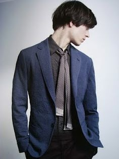a2aea199cfeb 22 Best Men's Skinny Scarves images | Fashion men, Guy fashion, Male ...