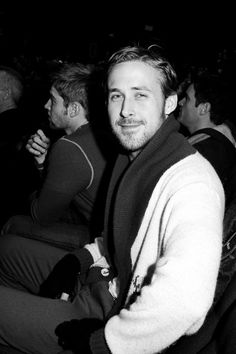 7 Things You Can Knit With Ryan Gosling Wonder if he knitted all that? Beautiful Boys, Gorgeous Men, Ryan Gosling Style, Ryan Thomas, Barbara Ann, Sweet Guys, Young Actors, Celebs, Celebrities