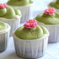 green tea, lavender, and honey cupcakes  | TasteSpotting
