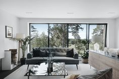 〚 Modern villa with high ceilings in Sweden 〛 ◾ Photos ◾Ideas◾ Design Outdoor Furniture Sets, Couch Design, Home, Beautiful Interiors, Modern House Design, House Architecture Design, Modern Interior Design, Interior Design, Living Decor