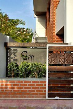 126 best compound wall images iron gates, driveway gate, fencearchis patel \u0026 tanvi rajpurohit project mr kalpesh amin main gate designdoor