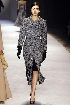 Giambattista Valli Fall 2006 Ready-to-Wear Collection