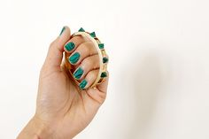 aimee_song_malachite_nails_malachite_pyramid_bracelet