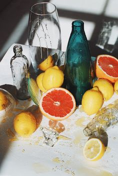 During a recent trip to California, British photographer Garrod Kirkwood documented the Golden State's laid-back cool. Diane Arbus, Still Life Photography, Creative Photography, Landscape Photography, Portrait Photography, Fashion Photography, Wedding Photography, Fru Fru, Still Life Photos