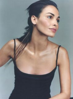 black singlet | at home | Ines Sastre