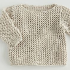Boys Knitting Patterns Free, Baby Sweater Patterns, Baby Sweater Knitting Pattern, Knitted Baby Cardigan, Knit Baby Sweaters, Knitting For Kids, Baby Patterns, Pull Bebe, Cute Baby Clothes