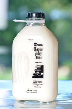 Stanpac glass milk bottles porch boxes and wire carriers for milk bottles home delivery. Dairy Packaging, Milk Packaging, Product Packaging, Porch Boxes, Shadow Valley, Local Milk, Glass Milk Bottles, Make It Simple, Projects To Try