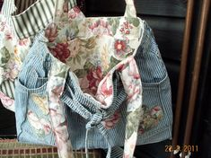 Shabby Chic Stripes and Roses Bag - by Karen @ sew-whats-new.com