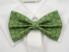 Green Dragon Scales Bow Tie by PixieBluebellDesigns on Etsy