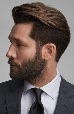 The focus of the quiff is generally on the hair that is just above the forehead and you do not need to pump up the entire hair. Try these Mens Quiff Hairstyles to get stunning look. Medium Hair Cuts, Medium Hair Styles, Haircut Medium, Medium Curly, Medium Long, Hair And Beard Styles, Curly Hair Styles, Professional Hairstyles For Men, Quiff Hairstyles