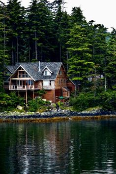 When I get rich and have multiple homes.  Such a dream to live in the mountains on a lake! White Rooms, Haus Interieurs, Lake Cabins, Home Interior, Interior Decorating, Humble Abode, Arquitetura E Design, Mountain Homes, Future House