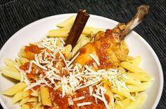 Κοπανάκι κοτόπουλου με πένες Meat, Chicken, Recipes, Food, Essen, Meals, Ripped Recipes, Yemek, Eten