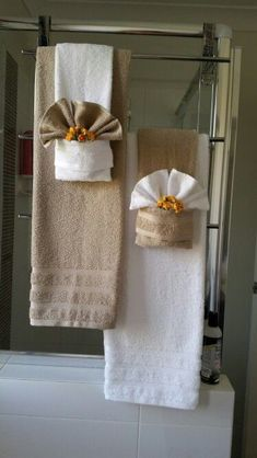 How to display towels decoratively bathroom decor - Decorative hand towels for bathroom ...