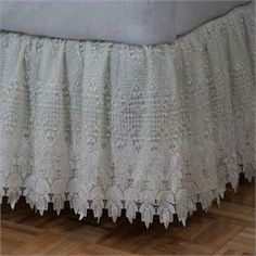 Lace Bed Skirts Dust Ruffles | ... Bedding • Bed Skirts - Dust Ruffles • Macrame White Gathered Bed