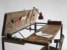 Mesa Escritorio De Una Puerta Vieja. ;) #soyeco #reciclaje #ecoideas