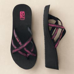 5af4a33c44fe7b Teva Mush Flip-Flops Shoes 2017