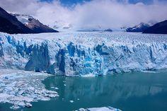 Perito Moreno Glacier está en parque nacional los glaciares en el sudoeste de la provincia santa cruz. Allí está frío.