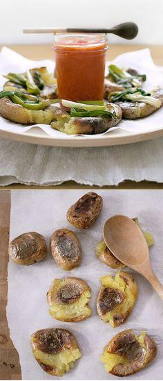 Crispy Smashed Potatoes by honestfare #Potatoes