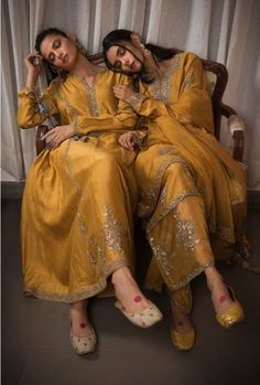 """is a Definite Wardrobe Must now available at """" THE DIWALI जशन """" exclusively at awaits YOU Pakistani Formal Dresses, Pakistani Fashion Party Wear, Indian Bridal Fashion, Indian Fashion Dresses, Pakistani Dress Design, Indian Designer Outfits, Pakistani Outfits, Indian Outfits, Stylish Dresses For Girls"""