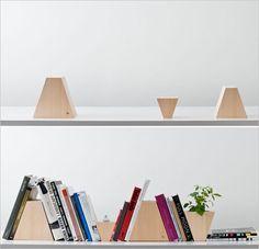 10 Creative Bookshelves Designs | http://www.designrulz.com/product-design/deco/2011/04/10-creative-bookshelves-designs/