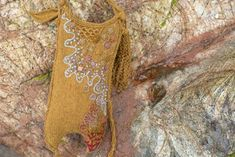 The Mermaid's Purse by Alice Starmore from the book Glamourie Knitting Yarn, Hand Knitting, Knitting Patterns, Simple Embroidery, Embroidery Stitches, Mermaid Purse, Beautiful Hands, Swatch, High Fashion