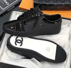 Hoka Women S Shoes Clearance Best Sneakers, Casual Sneakers, Sneakers Fashion, Fashion Shoes, Shoes Sneakers, Baskets, Expensive Shoes, Chanel Shoes, Chanel Sneakers