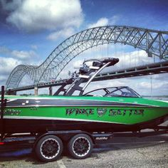 Dave wants to trade our house for one of these, but I don't think it has enough closet space. Wakeboard Boats For Sale, Malibu Boats, Closet Space, Lake Life, Wakeboarding, Sydney Harbour Bridge, Memphis, Skiing, Funny