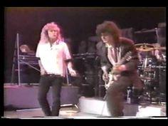 1988,Backstage,#Classics #Sound,#Hard #Rock (Musical Genre),#Jimmy #Page (Musical Artist),#John,#Kashmir,#Kashmir (Composition),#Kashmir (Musical Recording),#Klassiker,#Led,#Led #Zeppelin (Musical Group),#Robert #Plant,#Rock,#Sound,#Zeppelin #Led #Zeppelin backstage and #Kashmir 1988 - http://sound.saar.city/?p=41043