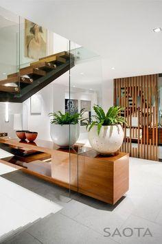 Nettleton 199 house by Stefan Antoni Olmesdahl Truen Architects and OKHA Interiors. Want.