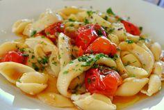 Calamari, Paste, Pasta Salad, Ethnic Recipes, Food, Crab Pasta Salad, Essen, Meals, Octopus