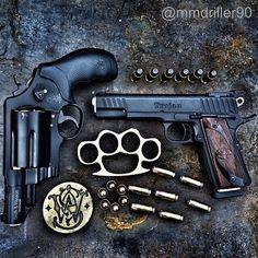 gunsdaily:  @mmdriller90 Today's truck gun and personal...