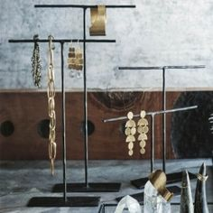 Beautiful Countertop Black Iron Necklace T-Bar Shape Stand (Set/4)