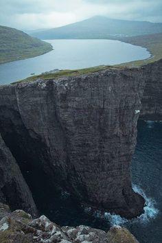 Islas Feroe, lago Sørvágsvatn