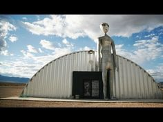 14 Bizarre Roadside Attractions In Nevada That Will Make You Do A Double Take Nevada Area 51, New Planet Discovered, Pearl Harbor Attack, Valley Of Fire, Thing 1, Roadside Attractions, Natural Phenomena, Ghost Towns, Beach Trip