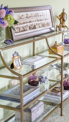 Nola Console Table. Via Designthusiasm #modern #gold #entrywaytable #sofatable #livingroom