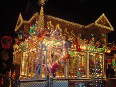 This is one of the coolest houses ever decorated in Canarsie,Brooklyn <3