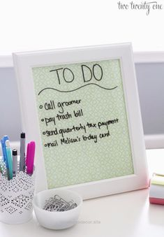 DIY Teen Room Decor Ideas for Girls | Dry Erase Board and Desktop Tray | Cool Be…  http://www.nicehomedecor.site/2017/08/03/diy-teen-room-decor-ideas-for-girls-dry-erase-board-and-desktop-tray-cool-be/