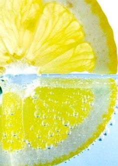I love the freshness of citrus and I like water drops (air bubbles in this case).