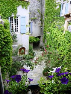 View of our provencal courtyard