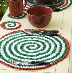 Christmas table circle coaster, cute Christmas red blue cup mat #Christmas #table #coaster www.loveitsomuch.com