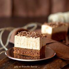 Caramel Yogurt Sponge Cake | Kostka kajmakową (in Polish)