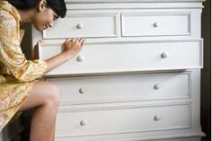 How to Get Musty Smell Out of Chest of Drawers | eHow
