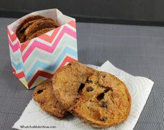 Cinnamon Raisin Bagel Chips - such a quick and easy snack! You could do the same thing with different flavors of bagels too.