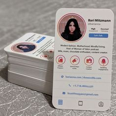 Are you an influencer or personal branding extraordinaire? These business cards should strike up some major desin inspo for you! Fashion Business Cards, Professional Business Card Design, Creative Business, Business Ideas, Business Names, Business Quotes, Business Logo, Cv Inspiration, Entrepreneur Inspiration