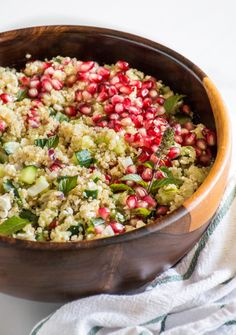 pomegranate feta mint quinoa salad