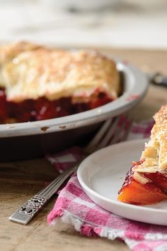 Rustic Raspberry-Peach Pie Recipe