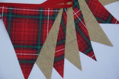 CHRISTMAS HESSIAN & RED TARTAN FABRIC BUNTING 10FT/12FLAGS RUSTIC VINTAGE PARTY
